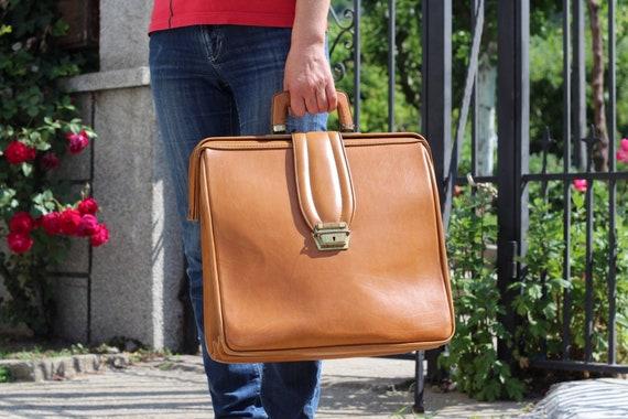 Vintage briefcase, Old briefcase, Doctor's bag, Tr
