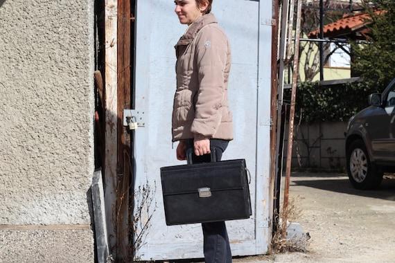 Vintage briefcase 1970s, Leather black bag, Large