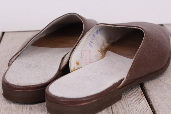 Vintage Traveling Slippers Genuine Leather Slippe… - image 3