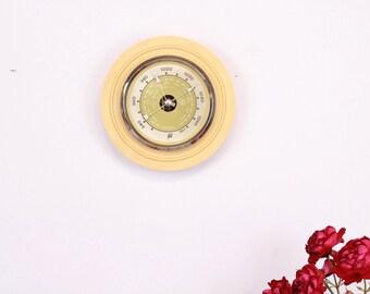 Vintage barometer - Soviet barometer 1960s - Mid century barometer - Round barometer - Wall barometer - Home weather station USSR barometer