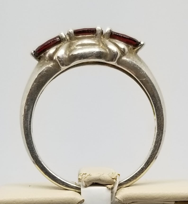 FA1355 Vintage Sterling Ring with 3 Created Garnets Size 10.25.