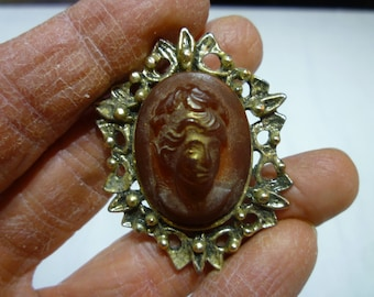 L27 Vintage Gold Tone with Faux Cameo Pin.