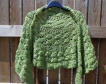 Crochet Shawlette cover up shoulder shawl green meadow colour