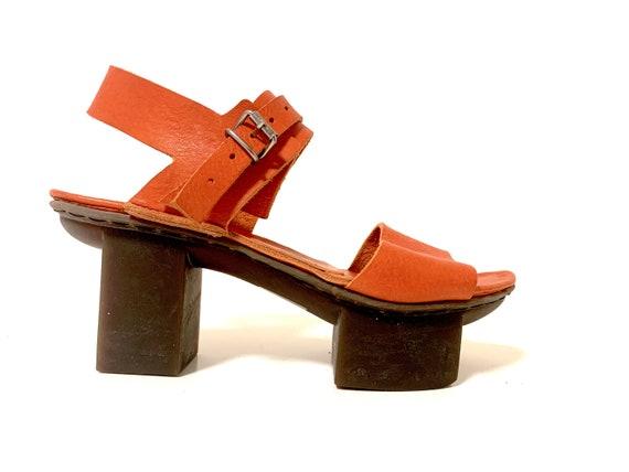 Japanese platform leather sandals