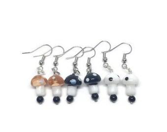 Glass Mushroom Earrings, Mushroom Jewelry, Boho Jewelry, Boho Earrings, Woodland Earrings, Woodland Jewelry, Nature Earrings, Nature Jewelry