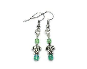 Silver Plated Turtle Earrings, Turtle Jewelry, Turtle Earrings, Green Turtle Earrings, Dainty Earrings, Summer Earrings, Beach Earrings