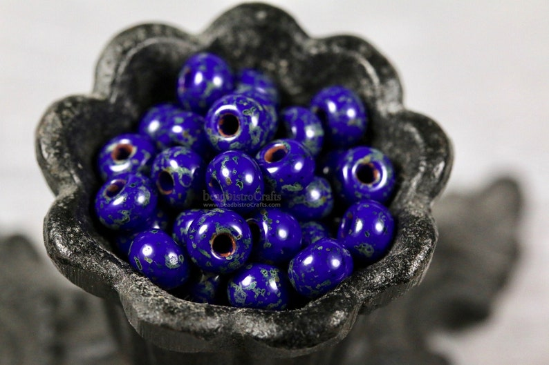 2/0 ROUND Seed beads  Czech Glass  Opaque Royal Blue image 0