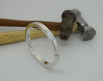 Bangle - Heavyweight Hinged Solid Silver - Handmade Douglas Hughes Design