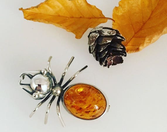 Amber Bull Ant Brooch - set in silver!