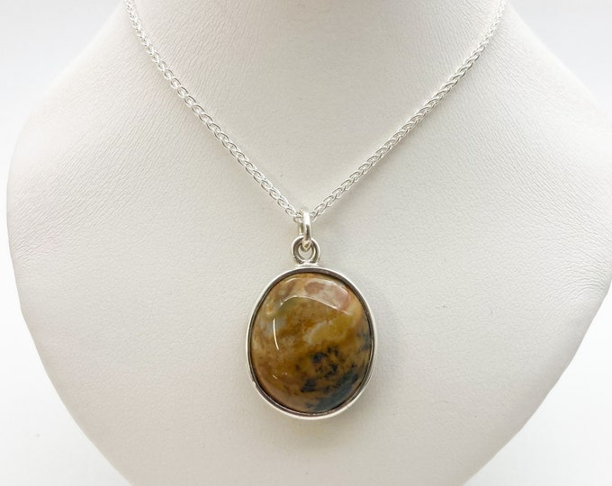 Highly Polished Cornish Beach Pebble Pendant (Yellow and Blue, Large), Set In Silver - Handmade Douglas Hughes Design