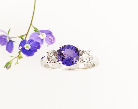A Dazzling Tanzanite & Diamond Ring - 18ct White Gold - Handmade Douglas Hughes