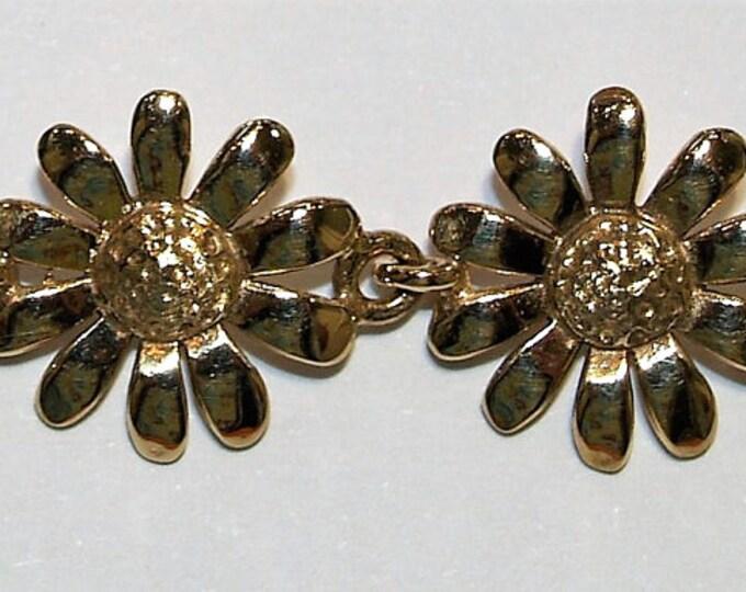 9ct Yellow Gold Daisy Bracelet