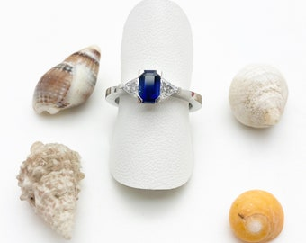 Sapphire & Diamond Platinum Ring - Douglas Hughes Design Handmade in Cornwall