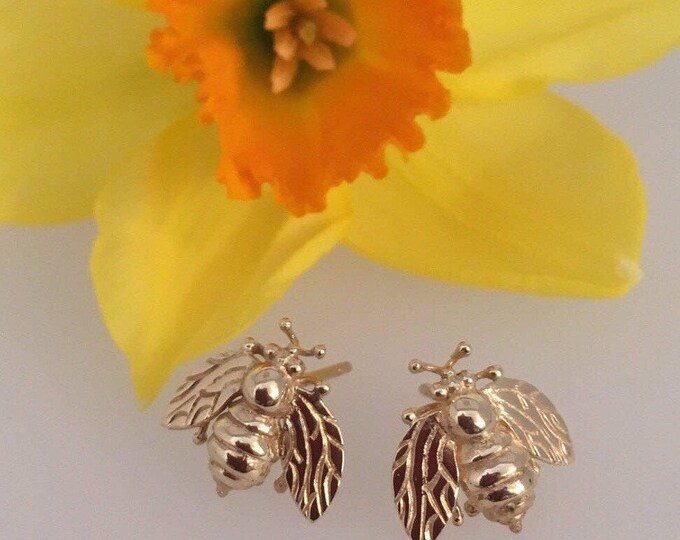 18ct Gold Cornish Bee Earrings - Handmade Douglas Hughes Design