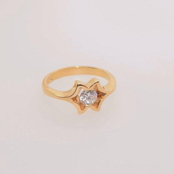 Diamond Ring - Handmade 18ct Yellow Gold Douglas Hughes Design