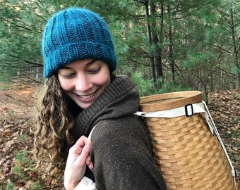 NORTHWOODS BEANIE | Cozy Medium Green Knit Hat