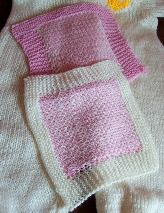 HAND KNITTED PAIR OF MOTHER /& BABY BONDING SQUARES WITH HEART MOTIF