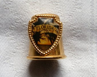 Vintage Gold Tone Metal FLORIDA Collector's Thimble