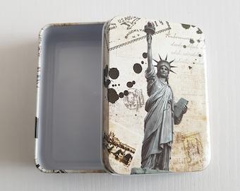 New York USA America Statue of Liberty Landmark Metal Vintage Retro Tin Gift Box With Lid. Travel Inspired, Classic, Storage, Gift Idea