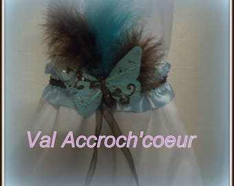Garter with feather butterfly