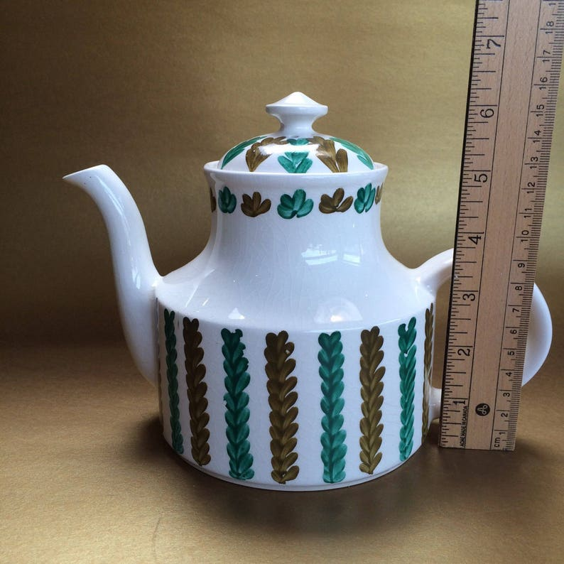 Vintage Mid Century Arthur Wood English Teapot Medium Size