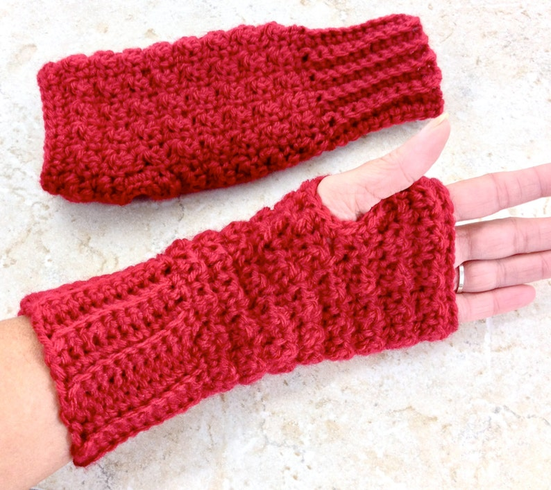 Knit Fingerless Mitts Christmas Gloves Texting Mitts Wool Fingerless Gloves Cranberry Red Wool Wrist Warmers Crochet Mittens Adult Teen
