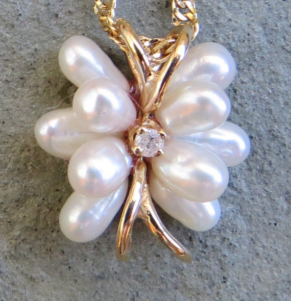 Vintage 14kt Gold Pearl and Diamond Necklace - image 1