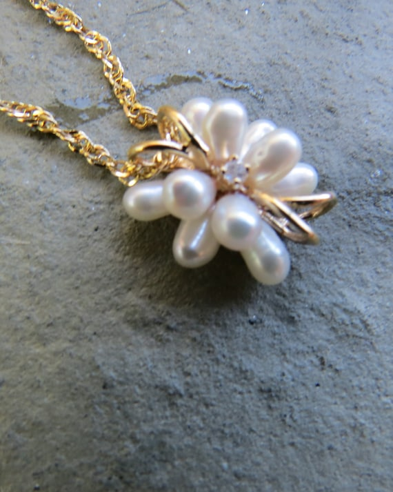 Vintage 14kt Gold Pearl and Diamond Necklace - image 4