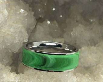 Surgical steel and marbled polymer clay ring (size 11.5 Green)