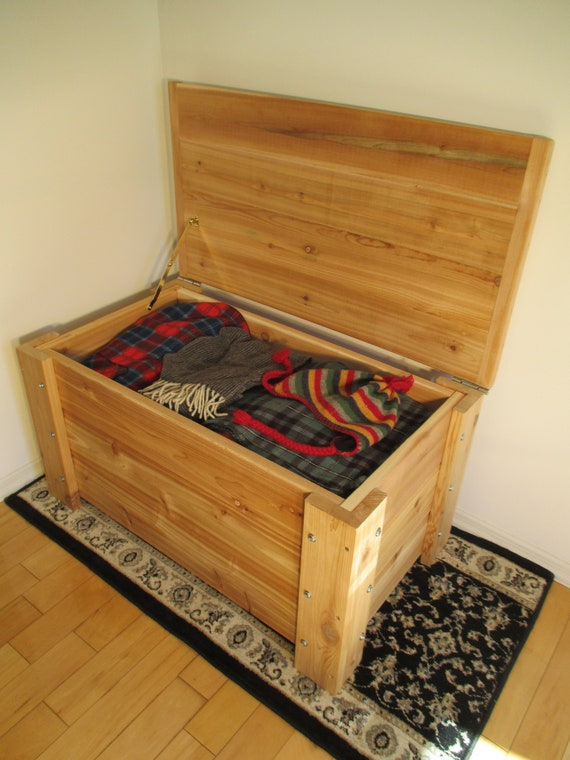 Peachy Premium Quality Indoors Outdoors Cedar Storage Bench Free Shipping Us 48 Machost Co Dining Chair Design Ideas Machostcouk