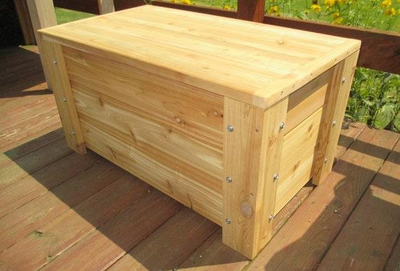 Charmant Premium Quality Indoors / Outdoors Cedar Storage Bench | Etsy