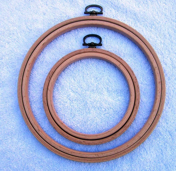 Round Wooden Quilting Hoop//Ring ideal for hand quilting crewel  8 inch
