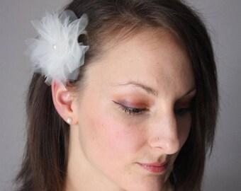 off white flower bridal hair ornament