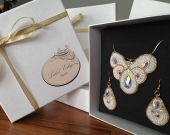 set of wedding jewelry gift box