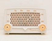 Crosley E-10 WE White Tube Radio 1950s Mid Century Modern Hollywood Regency Gold Free Shipping