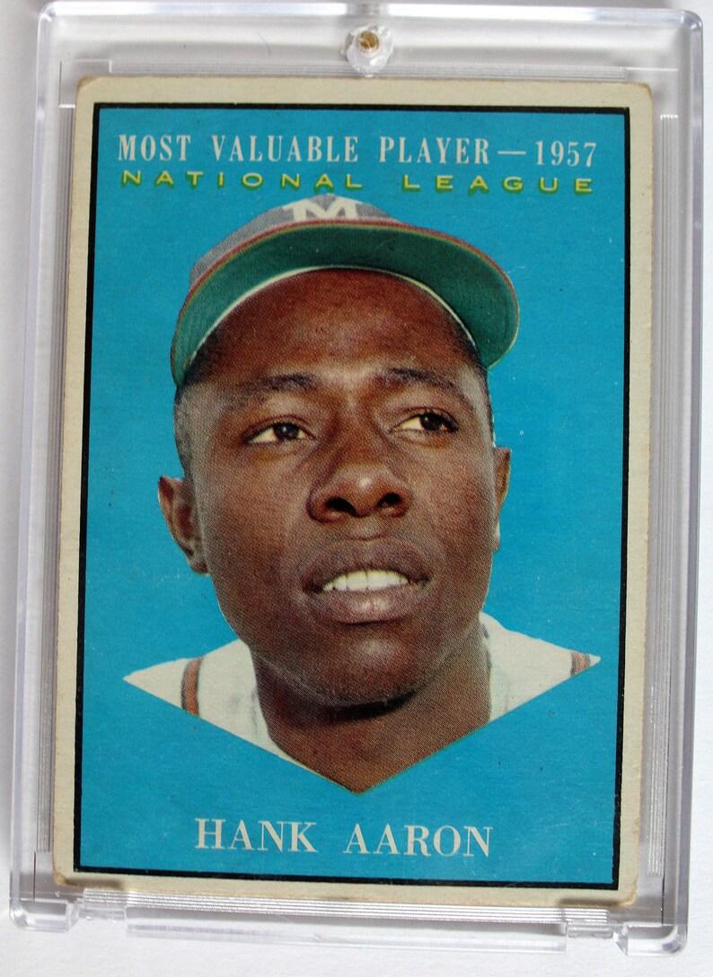 1961 Topps 484 1957 Nl Most Valuable Player Hank Aaron Baseball Card