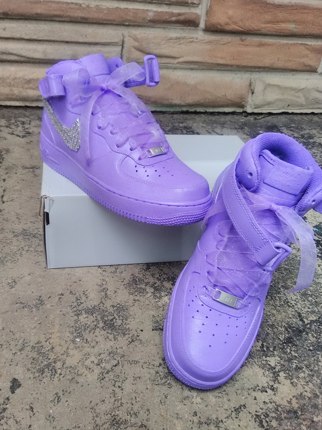 Bling Nike Air Force Ones c4cac6a7a