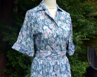 Vintage 1970s does 1940s LIBERTY Cotton Tea Dress - Country Garden Darling Buds