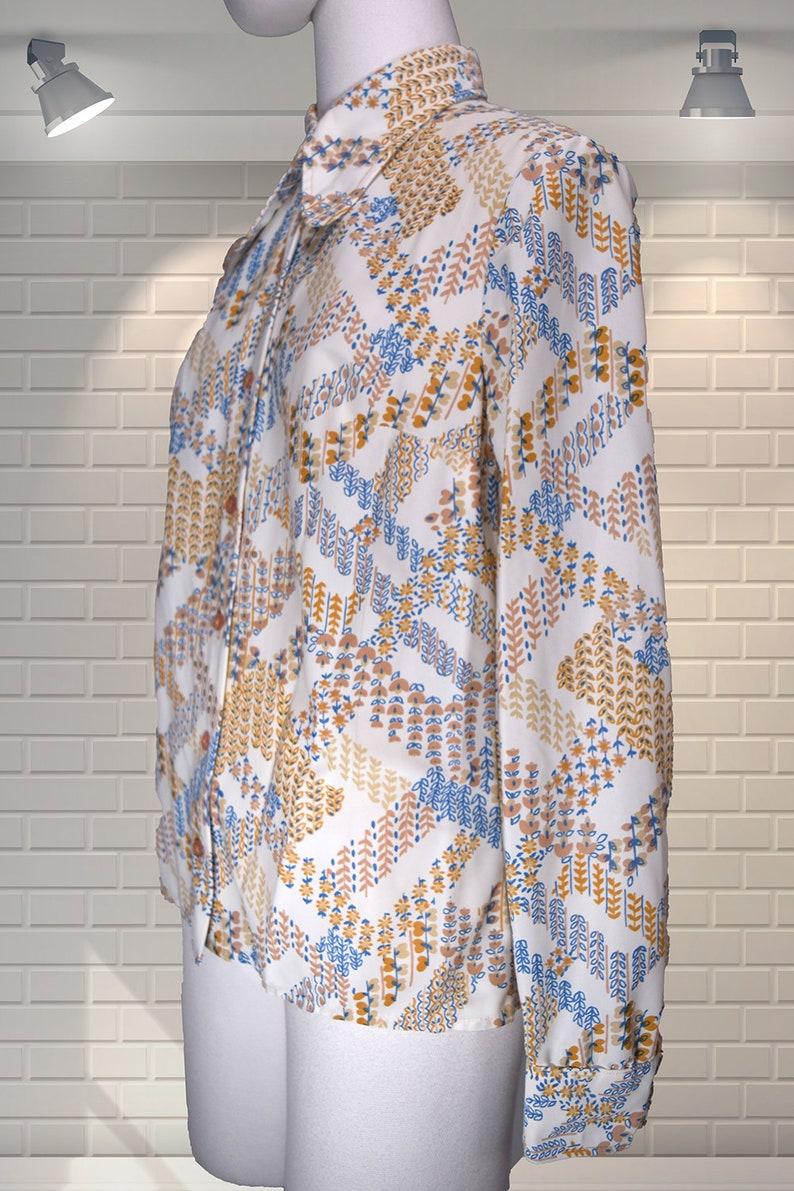 Original Vintage 1970s Winged Collar Nylon Ditsy Floral Blouse UK 10