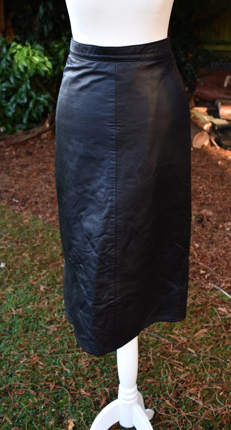 SMALL Vintage 1980s Tight Fitting BLACK LEATHER High Waist Wiggle Pencil Midi Skirt