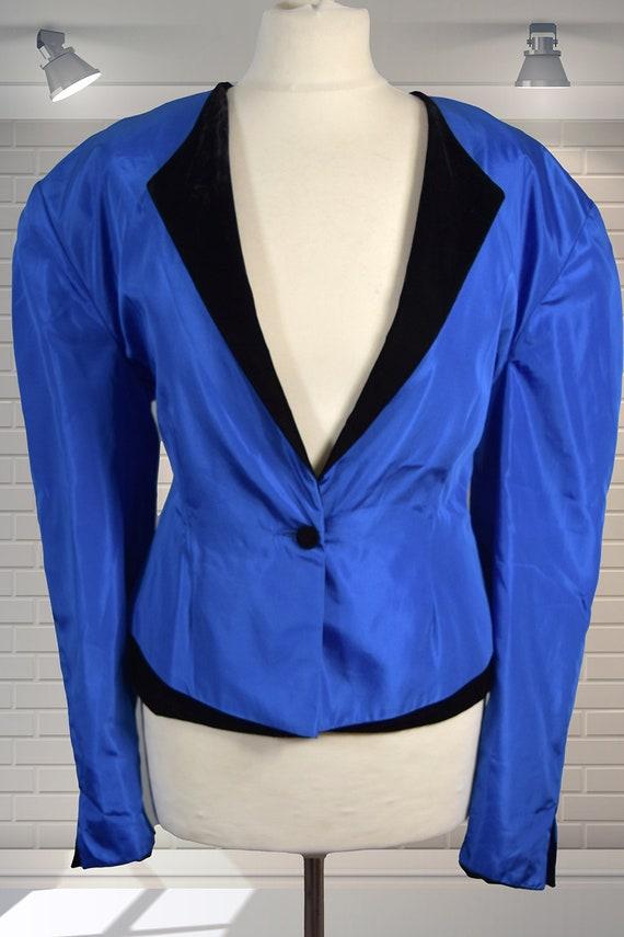 IMMACULATE Original Vintage Silk Blend Electric Bl
