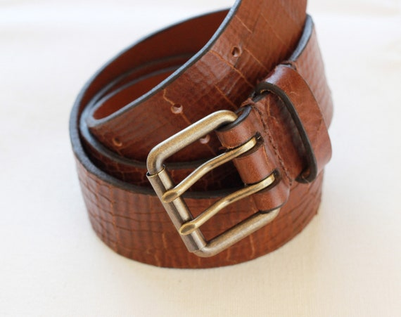 Handmade leather belt Italian leather Solid brass or stainless steel buckle Handmade in the UK