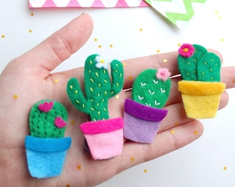 Cactus Magnet Set. Cactus Gifts. Felt Fridge Magnets. Cute Birthday Gifts. College Student Gift. Succulent Gifts. Cactus Decor. Potted Plant