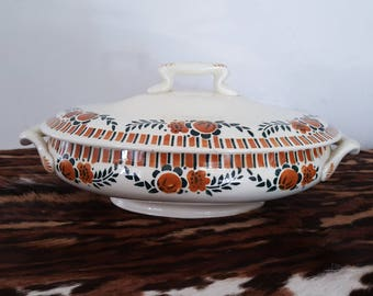 Earthenware soup tureen - Of Saint Amand - model corbeil - very good condition - french vintage