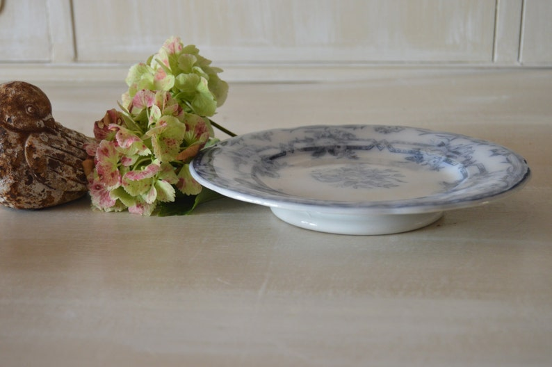 Lovely Vintage French white and blue dessert dish piedouche with small round footed sarreguemines pattern ceres