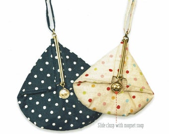 QH Textiles sewing pattern and instructions for Slide Clasp Purses (A) - Large and Small sizes