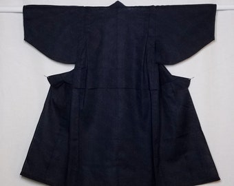 Boy's new, cotton yukata - Deep indigo blue with sayagata pattern size 100 (3-4 yrs old)