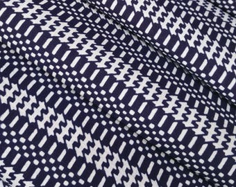 Indigo blue and white cotton yukata fabric - by the yard - abstract zig zag pattern