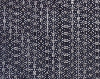 Japanese import New indigo colored cotton quilting fabric  - sashiko hemp leaf