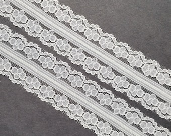 Vintage 1 1/8 inch wide, white, floral daisy lace trim- by the yard